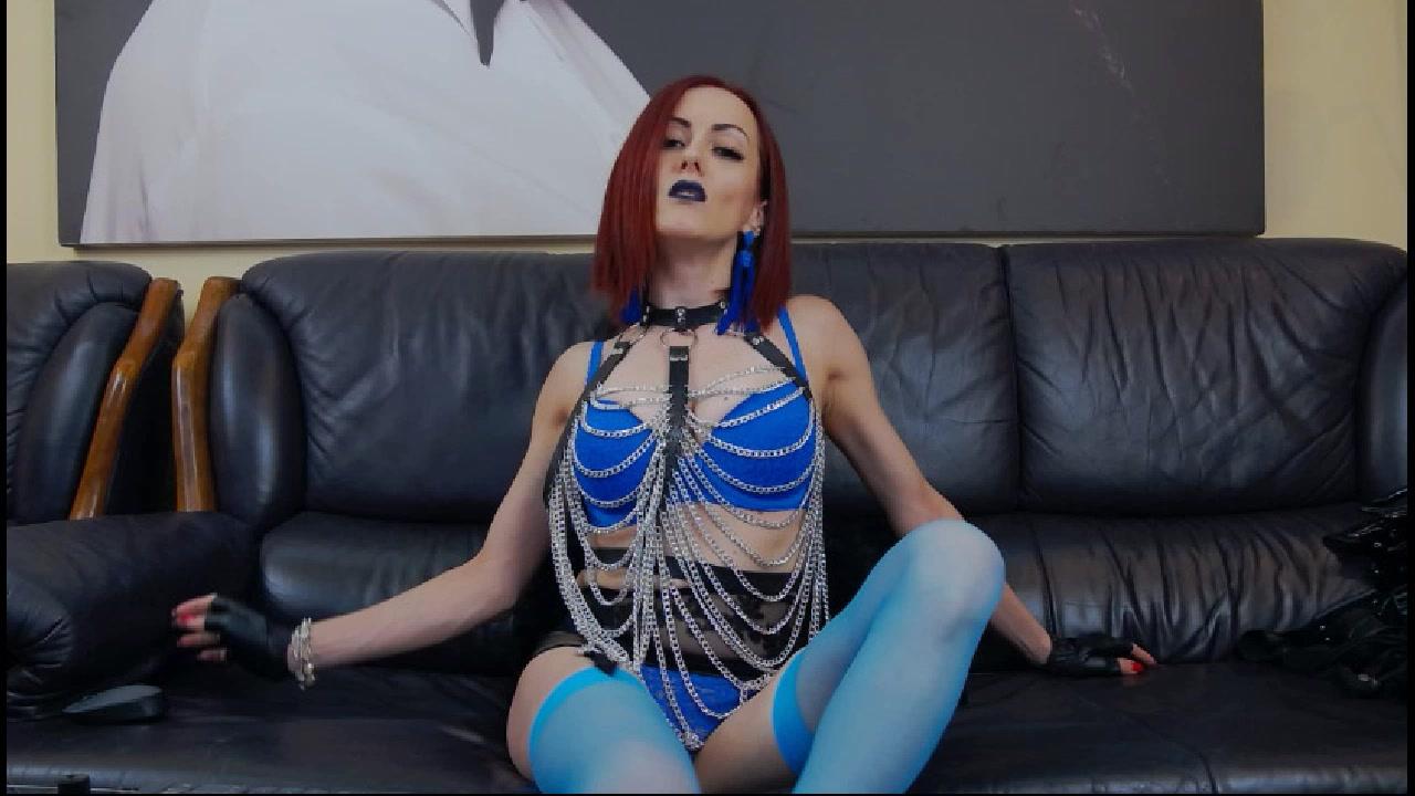 Model - Clara Domina legs